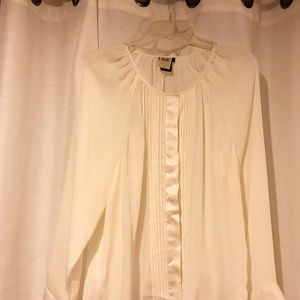 Ann Taylor womens new size 10 blouse polyester